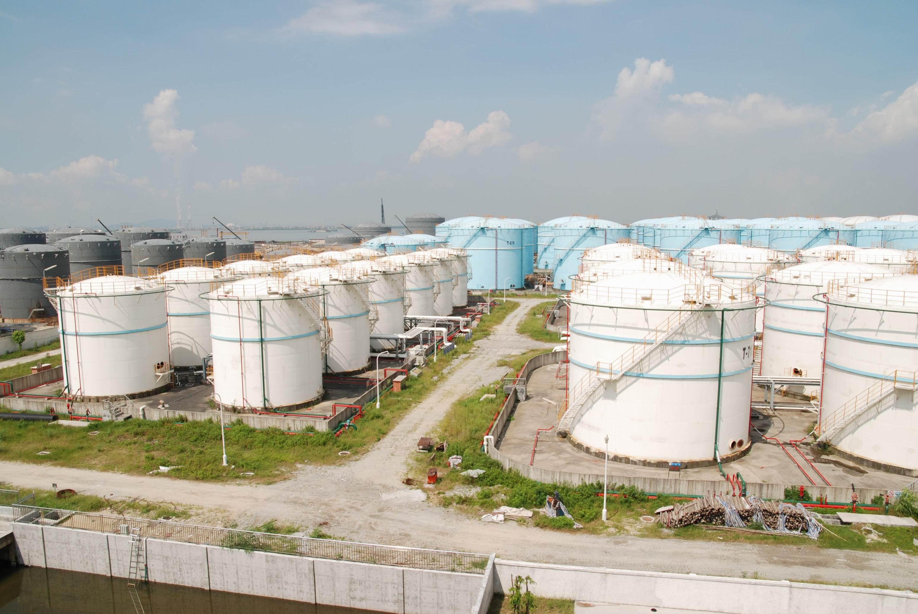 东莞市盛源石油化工有限公司珠三角航空油品仓储网壳制作安装